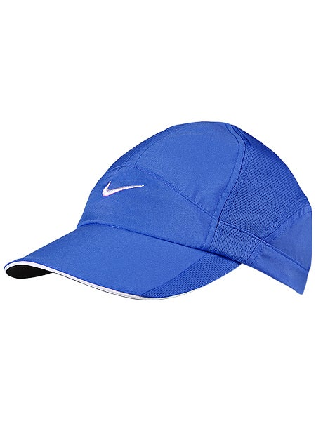 Nike Women's Spring Feather Light Hat