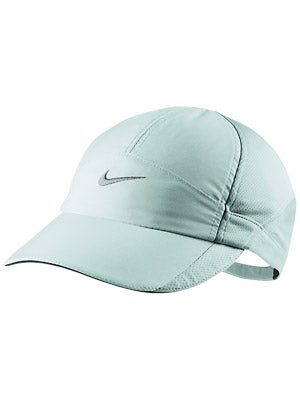Nike Women's Force Featherlight Hat