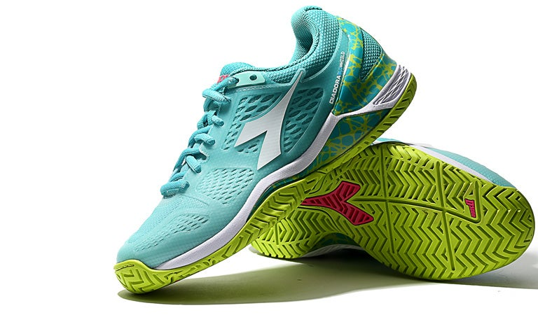 42bdb95f Tennis Warehouse - Diadora Speed Blushield AG Women's Shoe Review