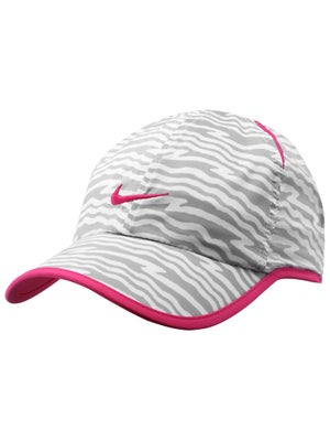 Nike Girl's Graphic Featherlight Hat