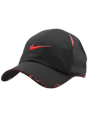 Nike Men's Summer Seasonal Featherlight Hat