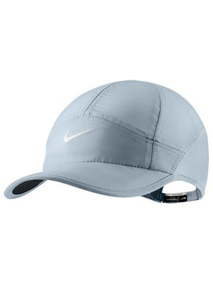 Nike Women's Fall Featherlight 2.0 Hat