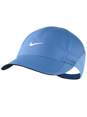 Nike Women's Fall Featherlight Hat